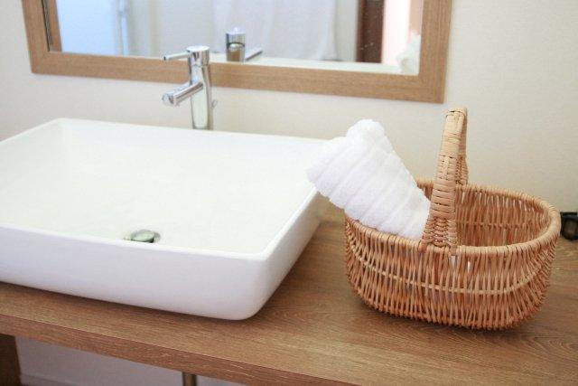 洗面所つまりの原因は?洗面台の排水管や排水口つまりを溶かす解決策