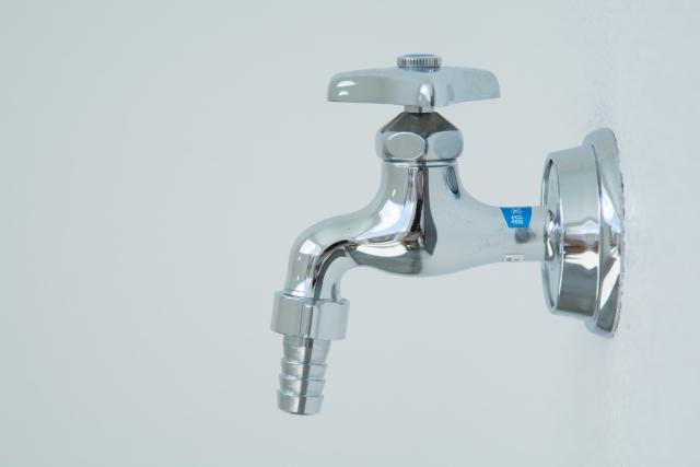 水道の蛇口交換|選び方・自力で交換する方法と業者に頼む場合の費用
