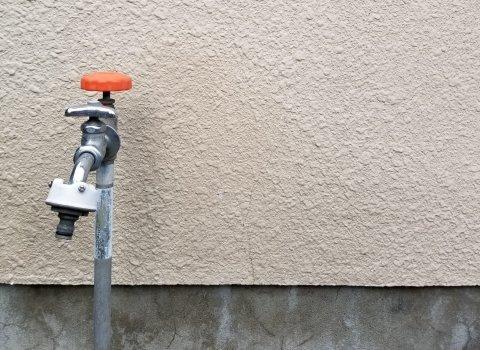 依頼の前に知っておきたい!水漏れの修理費用の相場を場所ごとに紹介