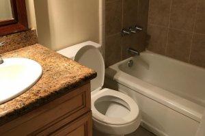 風呂・ユニットバスの水漏れ箇所を特定!原因別の確認や修理方法